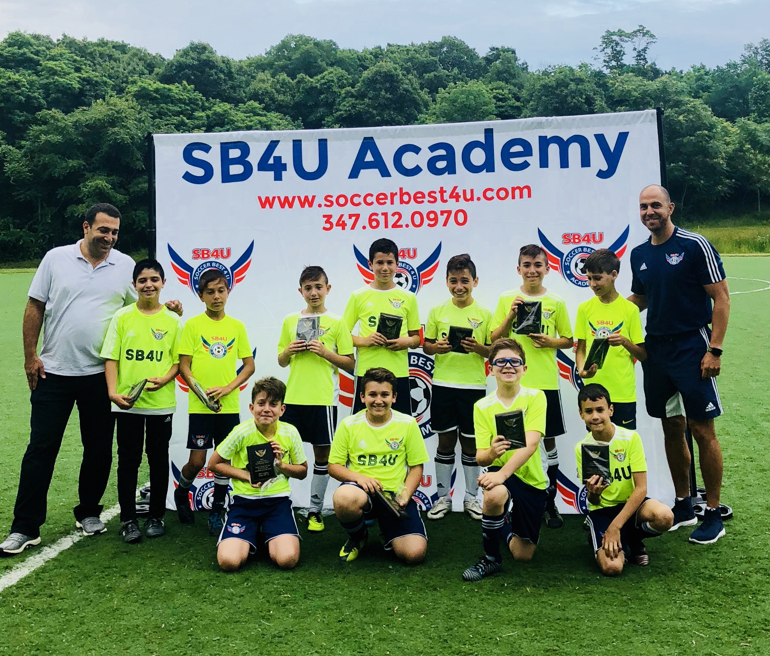 sb4u academy team photo